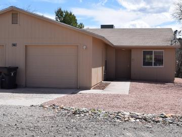 4203 Commercial Way Rimrock AZ Home. Photo 2 of 19
