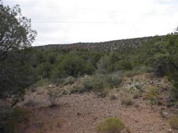 425 Oak Creek Cliffs Dr Sedona AZ. Photo 4 of 4