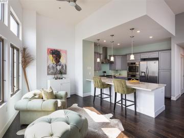 438 W Grand Ave unit #711, Uptown, CA