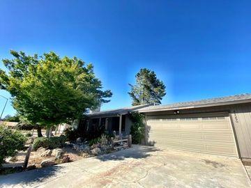 45290 Royal Dr, Pine Canyon, CA