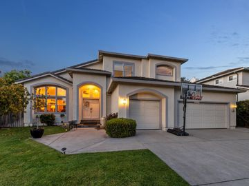 453 Fairway Dr, Half Moon Bay, CA