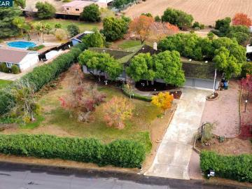 4590 Lariat Ln Oakley CA Home. Photo 3 of 31