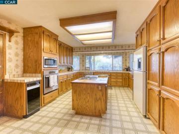 4590 Lariat Ln Oakley CA Home. Photo 4 of 31