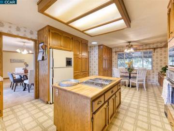 4590 Lariat Ln Oakley CA Home. Photo 5 of 31
