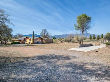 1350 N Dusty Ln, Under 5 Acres, AZ