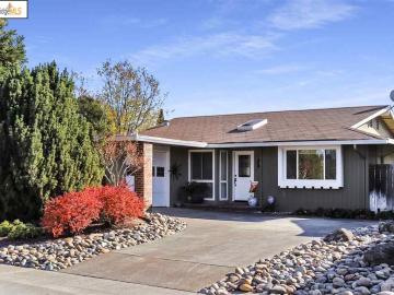 4863 Primrose Ln, Springtown, CA