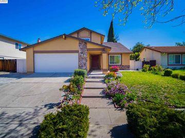 48720 Taos Rd, Warm Springs, CA