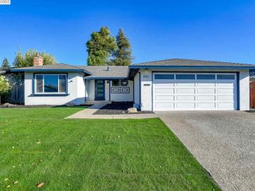 4954 Stafford Pl, Lake, CA