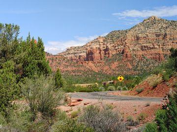 5 Buckskin Ln, Crimson View, AZ