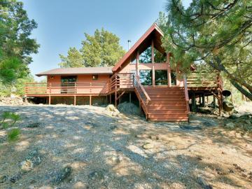 5137 Zen Mountain Dr, Weed, CA