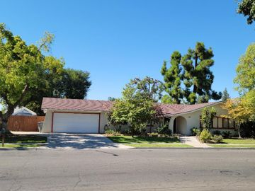 5224 E Hamilton Ave, Fresno, CA