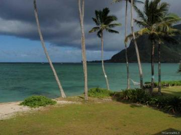 Rental 53-127 Kamehameha Hwy, Hauula, HI, 96717. Photo 1 of 10