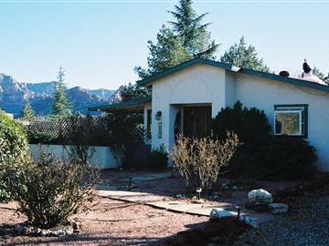 539 Navahopi Rd Sedona AZ Home. Photo 1 of 5