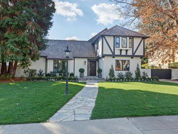 542 Center Dr, Palo Alto, CA