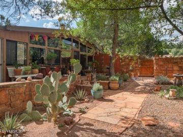 55 Kachina Dr, Under 5 Acres, AZ