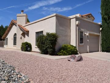 570 S Sawmill Gardens Dr, Cottonwood, AZ, 86326 Townhouse. Photo 3 of 24