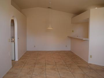 570 S Sawmill Gardens Dr, Cottonwood, AZ, 86326 Townhouse. Photo 5 of 24