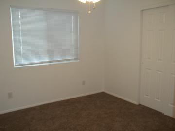 Rental 5775 N Debbie Ln, AZ, 86335. Photo 4 of 8
