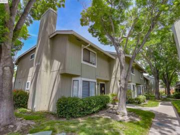 6137 Thornton Ave unit #B, Foxwood, CA