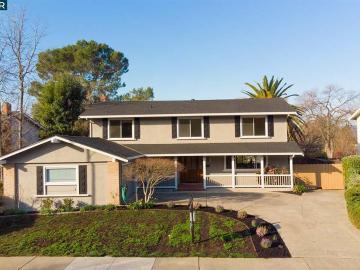 619 Rock Oak Rd, Northgate, CA