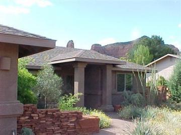65 Cochise Dr Sedona AZ Home. Photo 1 of 9