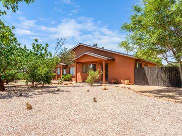 65 Grasshopper Ln Sedona AZ Home. Photo 2 of 4