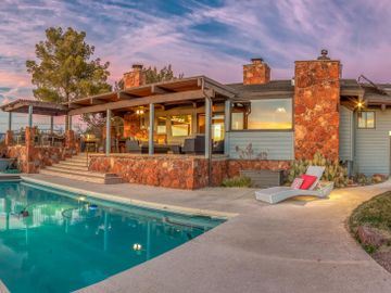 65 Top Knot Dr, Under 5 Acres, AZ