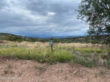 6745 N Falcon View Dr, Thunder Ridge, AZ