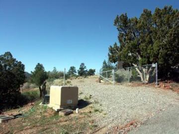 69 Windsong Dr, Harm Hills 1 - 3, AZ