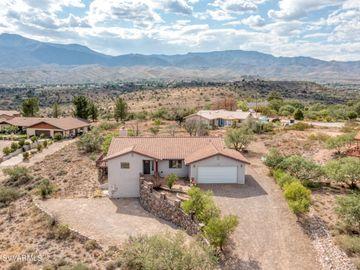 730 Redtail Hawk Dr, 5 Acres Or More, AZ