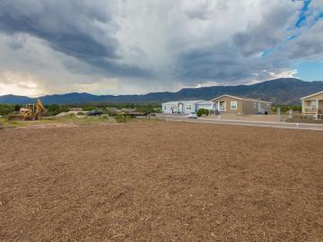 757 Agua Prieta, Mesquite Springs, AZ
