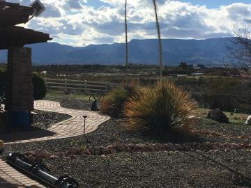 7705 E Sliding Stop Ln Cornville AZ Home. Photo 4 of 50