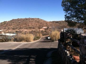 Rental 800 Calle Tomallo, Clarkdale, AZ, 86324. Photo 2 of 9