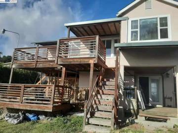 8311 Outlook Ave, Alameda, CA