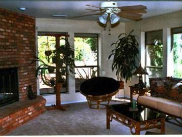 85 Posse Grounds Rd Sedona AZ Home. Photo 2 of 14