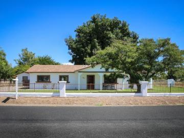 865 N 16th St, Under 5 Acres, AZ