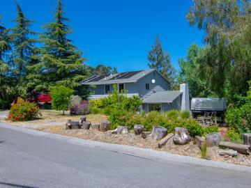 878 Hillcrest Dr, Redwood City, CA