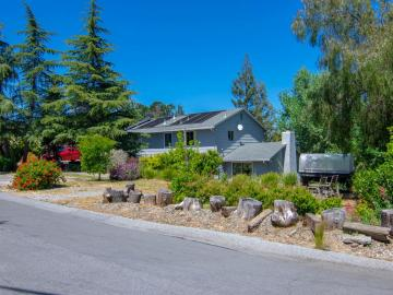 878 Hillcrest Dr, Redwood City, CA