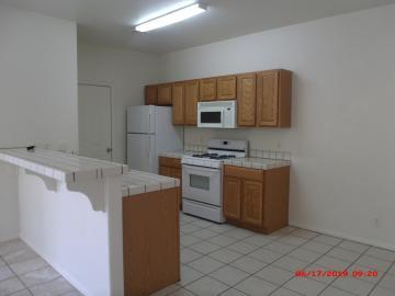 Rental 880 E Ash Dr, Cottonwood, AZ, 86326. Photo 3 of 14