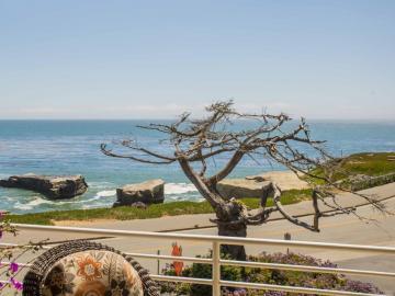 880 W Cliff Dr unit #12, Santa Cruz, CA