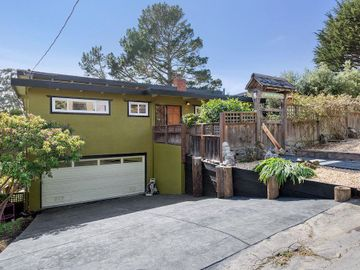 890 Kelmore St, Moss Beach, CA