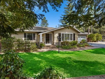890 Lockewood Ln, Scotts Valley, CA