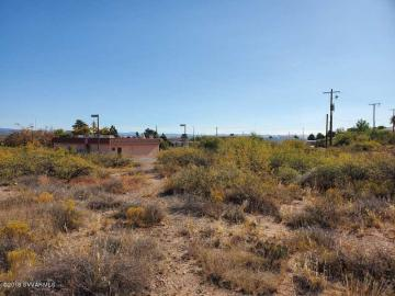 890 S Main St, Under 5 Acres, AZ