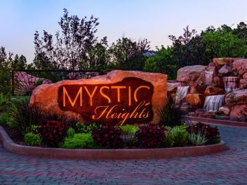 90 Hilltop Rd, Mystic Heights, AZ