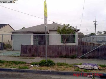 900 69th Ave Oakland CA. Photo 1 of 1