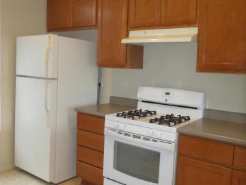 Rental 908 S Crestview Ct, Cottonwood, AZ, 86326. Photo 4 of 20