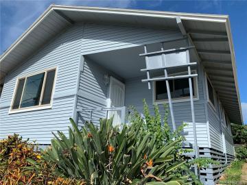 94-1262 Huakai St Waipahu HI Home. Photo 4 of 14
