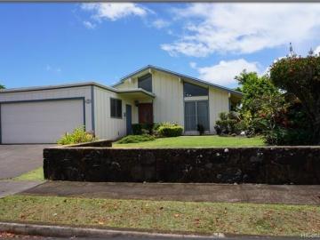 94-407 Kapuahi St Mililani HI Home. Photo 2 of 16