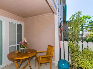 94-870 Lumiauau St #K104, Waipahu, HI, 96797 Townhouse. Photo 4 of 25