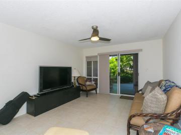 94-870 Lumiauau St #K104, Waipahu, HI, 96797 Townhouse. Photo 5 of 25